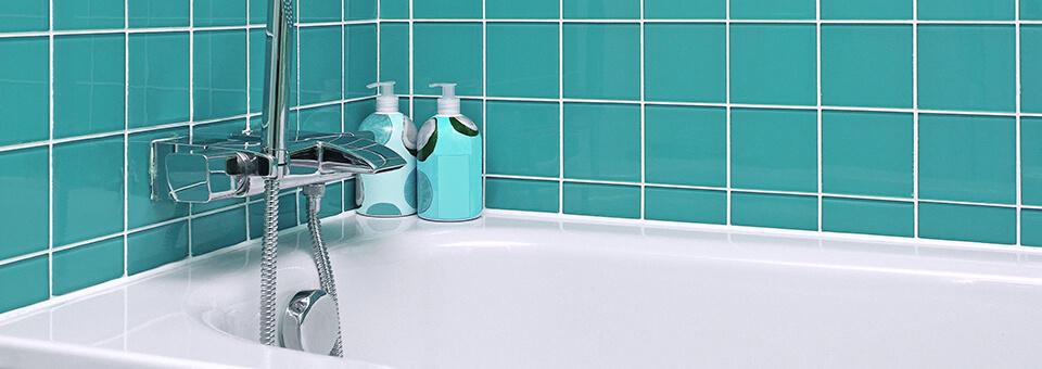 A Comprehensive Bathtub Cleaning Guide - Soft Scrub