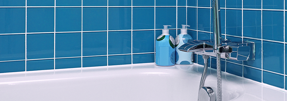 Stop Your Bathtub Cleaning Blues | Soft Scrub®